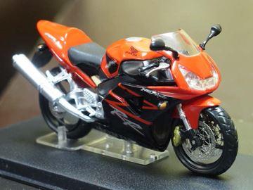 Afbeelding van Honda CBR900RR CBR954 Fireblade 1:24