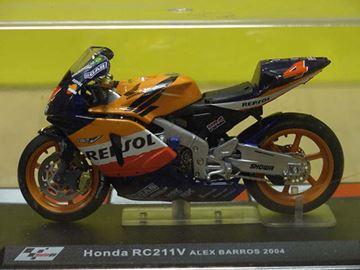 Afbeelding van Alex Barros Honda RC211V 2004 1:24