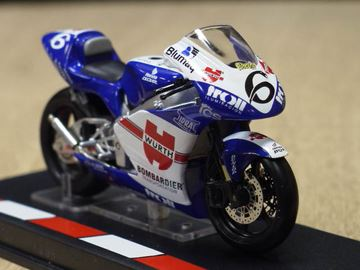 Picture of Alex Debon Honda RS250 2005 1:24
