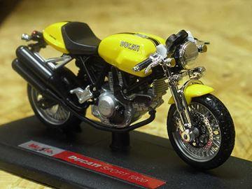 Afbeelding van Ducati Sport 1000 yellow 1:18 Maisto