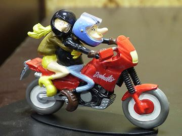Picture of Joe Bar Elle Leffoix & Sam Soul Honda 650 Dominator 1:18 jb05