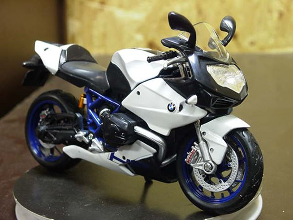 Picture of BMW HP2 Sport 1:12 31159