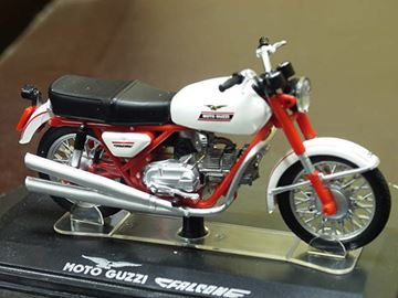 Picture of Moto Guzzi New Falcone civile 1:24