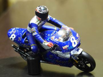 Picture of Carlos Checa Honda NSR500 V4 1997 1:24