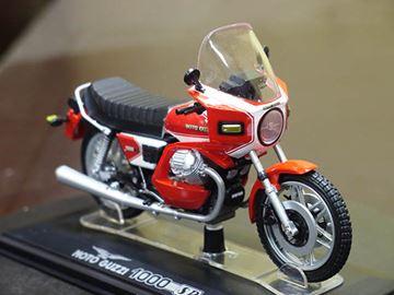 Afbeelding van Moto Guzzi 1000 SP 1:24