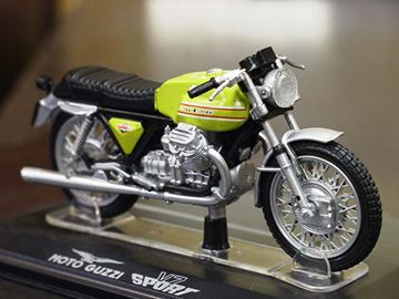 Picture of Moto Guzzi V7 sport 1:24
