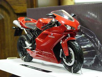 Afbeelding van Ducati 1198 red 1:12 57143
