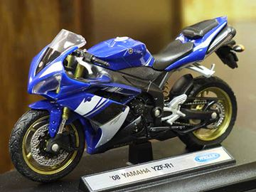 Picture of Yamaha YZF R-1 YZF-R1 1:18 2008