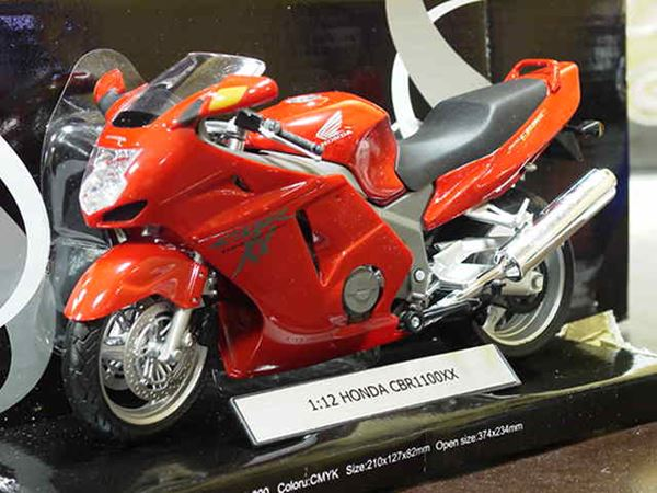 Picture of Honda CBR1100XX  Blackbird red 1:12 600101