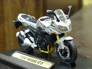 Afbeelding van Yamaha FZ-1 Fazer 2006 1:18