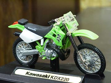 Picture of Kawasaki KDX220 1:18 Motormax