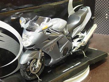 Afbeelding van Honda CBR1100XX  Blackbird grey 1:12 600103