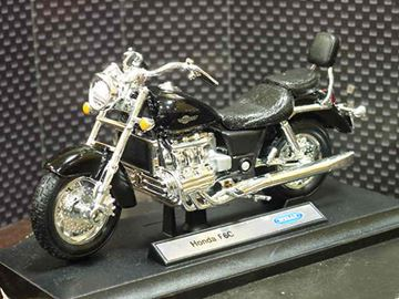 Picture of Honda F6C Valkyrie GL1500c black 1:18 12152 Welly