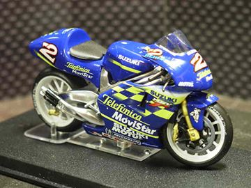 Picture of Kenny Roberts jr. Suzuki RGV500 2000 1:24