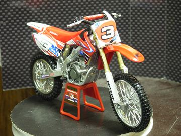 Afbeelding van Andrew Short Honda CRF450R USA Nations 2010 1:12 57373