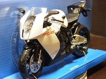 Afbeelding van KTM RC8 white 1:12 600602