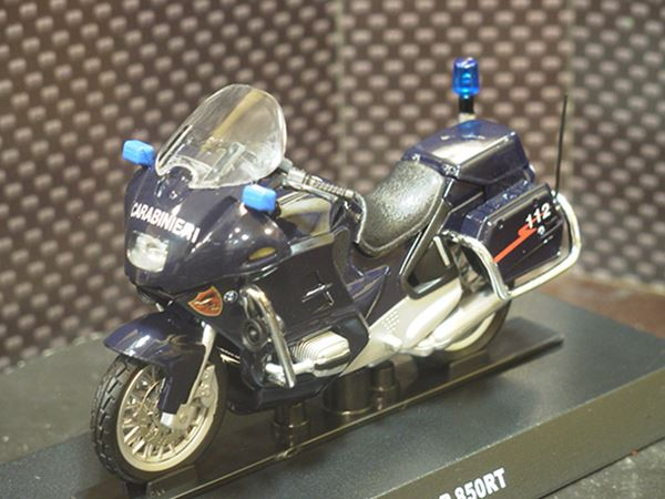 Picture of BMW R850RT Carabinieri 1:24