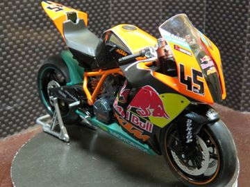 Picture of KTM RC8R Superbike 1:12 6043