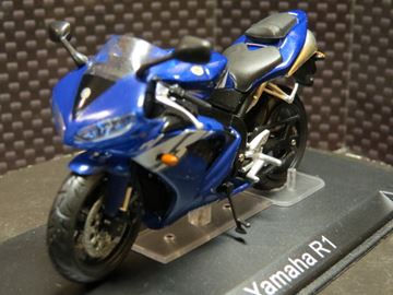 Picture of Yamaha YZF R-1 1:24 nm