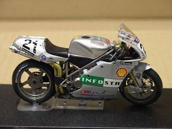 Picture of Troy Bayliss Ducati 996R Imola 2001 1:24