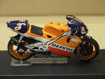 Picture of Alex Criville Honda NSR500 1999 1:24