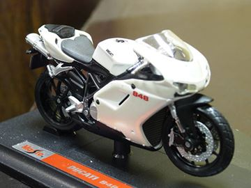 Afbeelding van Ducati 848 1:18 Maisto