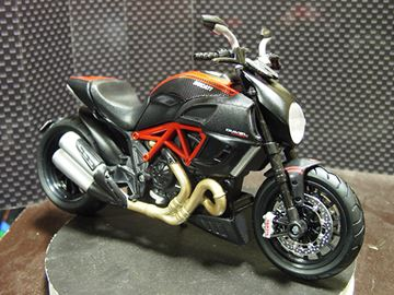 Picture of Ducati Diavel 1:12 31196