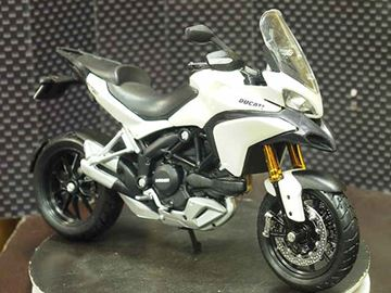 Picture of Ducati Multistrada 1200S white 1:12 31188