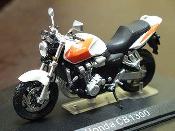 Afbeelding van Honda CB1300 1:24