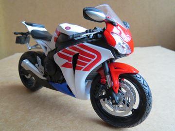Afbeelding van Honda CBR1000RR Fireblade wing 1:12 600505