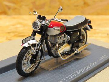 Picture of Triumph T120 Bonneville  1967 1:24