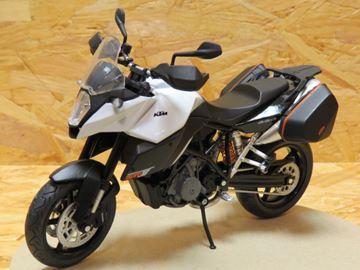 Afbeelding van KTM 990 SMT white 1:12 601703