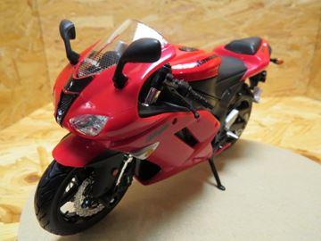 Afbeelding van Kawasaki ZX-6R red 1:12 31101