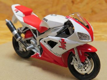 Picture of Yamaha YZF R-1 wit/rood 1:18