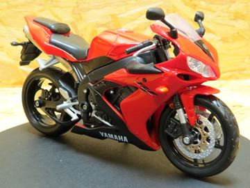 Picture of Yamaha YZF R-1 red 1:12 31101