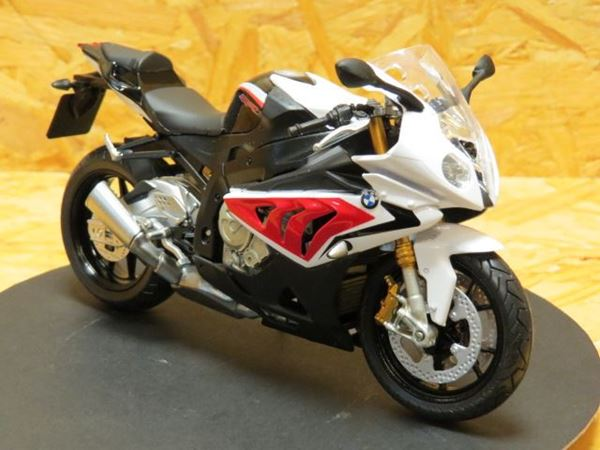 Picture of BMW S1000RR rd/wht 1:12 606203