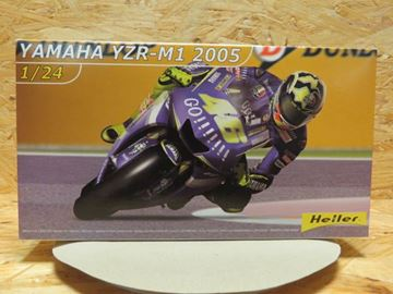 Picture of Bouwdoos Valentino Rossi Yamaha YZR-M1 2005 1:24 Heller