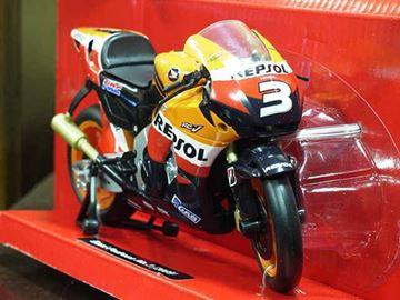Afbeelding van Dani Pedrosa Honda RC212V 2009 1:12