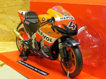 Afbeelding van Andrea Dovizioso Honda RC212V 2009 1:12 57183