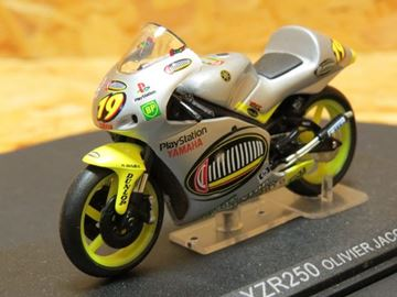 Picture of Oliver Jacque Yamaha YZR250 2000 1:24
