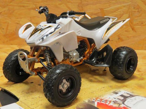 Picture of Honda TRX450R quad atv white 1:12 57473