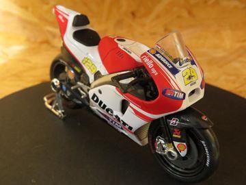 Picture of Andrea Iannone Ducati Desmosedici 2015 1:18 31588