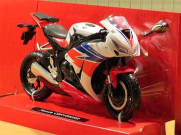 Picture of Honda CBR1000RR Fireblade 1:12 57793