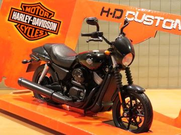 Picture of Harley Davidson Street 750 1:12 32333