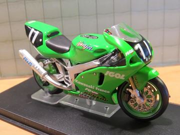 Picture of Kawasaki ZX-7RR Winner Le Mans 1999 1:24