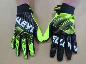 Picture of Valentino Rossi VALEYELLOW 46 gloves VRUGV268504