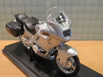Picture of BMW R1100RT zilver 1:18 19676 Welly