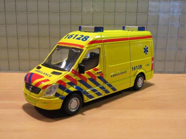 Picture of Ambulance ziekenauto 1:50
