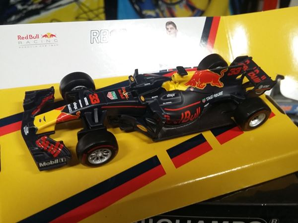 Picture of Red Bull Racing RB13 F1 No.33 2017 Max Verstappen 1:43