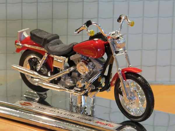 Picture of Harley Davidson FXDL Dyna Low Rider (n43)